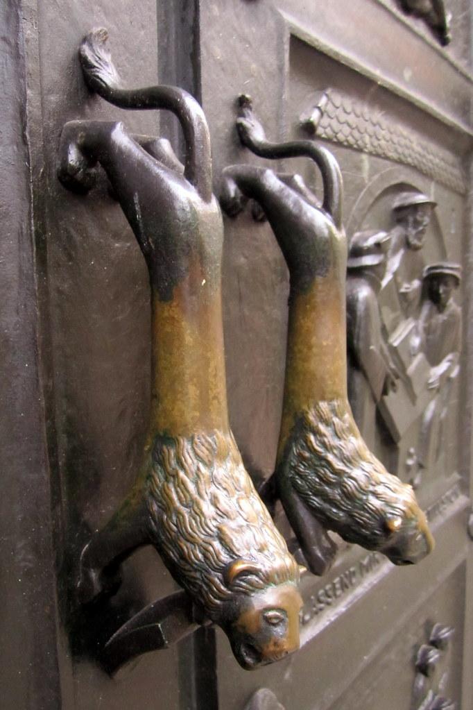 ... Zürich: Grossmünster - Otto Münch\u0027s Bronze Doors | by wallyg & Zürich: Grossmünster - Otto Münch\u0027s Bronze Doors | The Gross\u2026 | Flickr Pezcame.Com