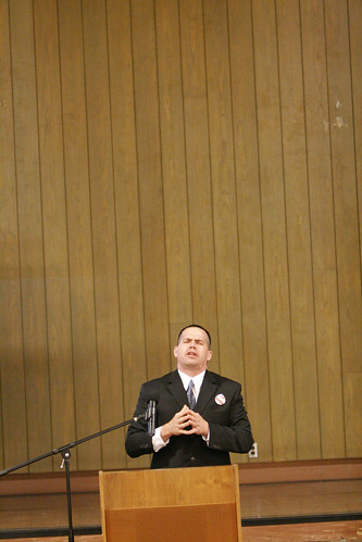 Educator and performer, Steven Loewenstein, speaking at the Martin Luther King, Jr. Celebration | by California State University Channel Islands