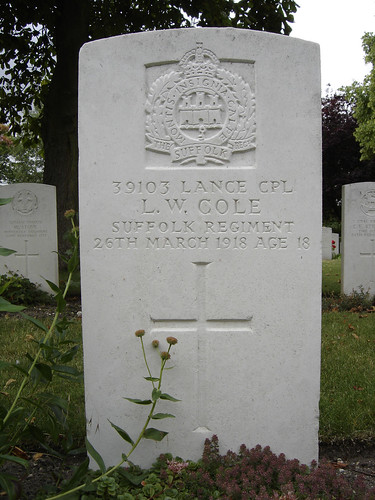 Lance Corporal Leonard Wallace Cole, Fort Pitt Military Cemetery, Chatham, Kent | by lossow.vamp