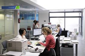 Oficina de treball d 39 esplugues de llobregat aquesta nova for Soc oficina de treball
