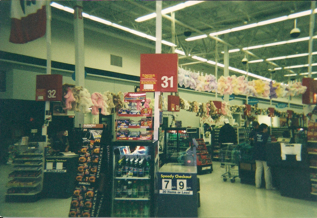 Wal-Mart - Fort Dodge, Iowa - Front End (GM Side) in 2002   Flickr