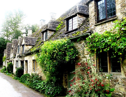 Arlington Row in Bibury in the Cotswolds | by JauntyJane