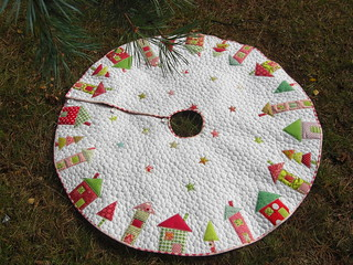 'The Hood' tree skirt | by flossyblossy