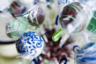 Close UP of Wedding Cake Pops | by Sweet Lauren Cakes