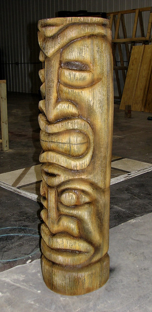 Tiki statue side   Flickr - Photo Sharing!