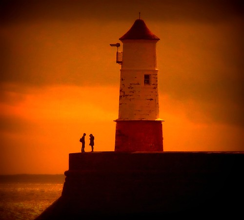 Berwick Lighthouse, Couple. | by ian.cossar