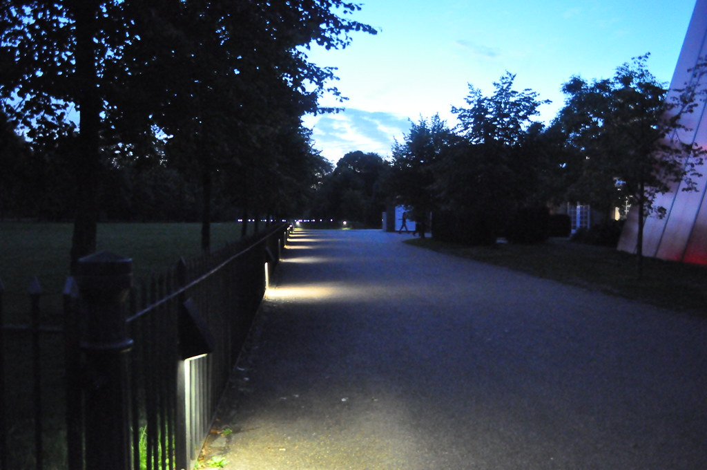 Footpath lighting | by simplistik1 Footpath lighting | by simplistik1 & Footpath lighting | simplistik1 | Flickr