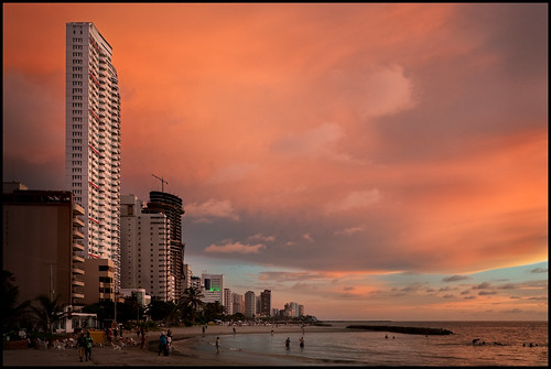 Playa de Bocagrande, Cartagena, Colombia | by szeke