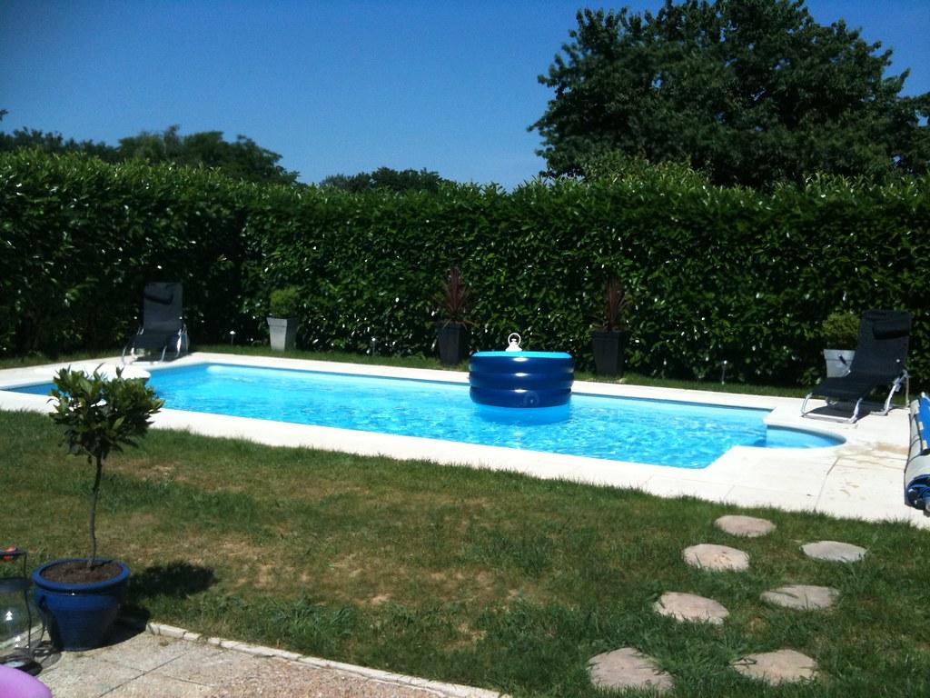concours photo la boutique desjoyaux une piscine desjoyaux flickr. Black Bedroom Furniture Sets. Home Design Ideas