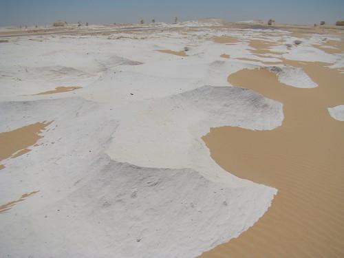 Acanaladuras eólicas - White Desert (Egipto) - 04