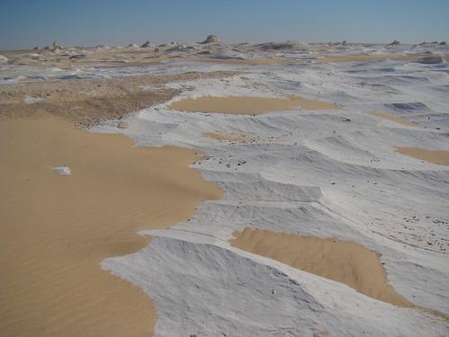 Acanaladuras eólicas - White Desert (Egipto) - 06