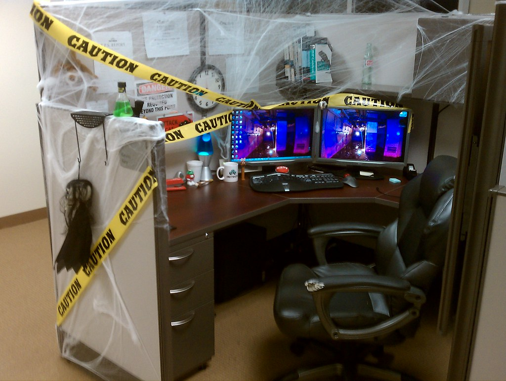 Office halloween decorations ideas - Brilliant Halloween Office Decorations Designcontest