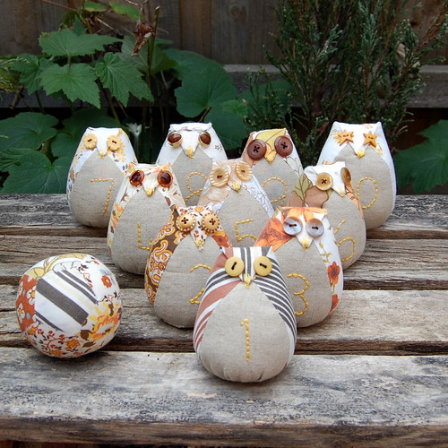 The Owl Bowling Team with Ball | by Bellgirl