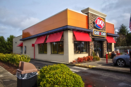 Fast food restaurant exterior decoration ideas for Restaurant exterior design pictures