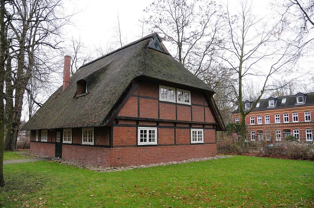 3823 Restauriertes historisches Fachwerkgebäude Rauhes Hau