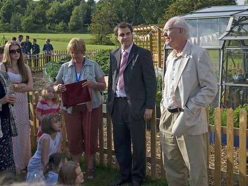 Primary School 2010 garden opening 3 (Addingham, West York ...