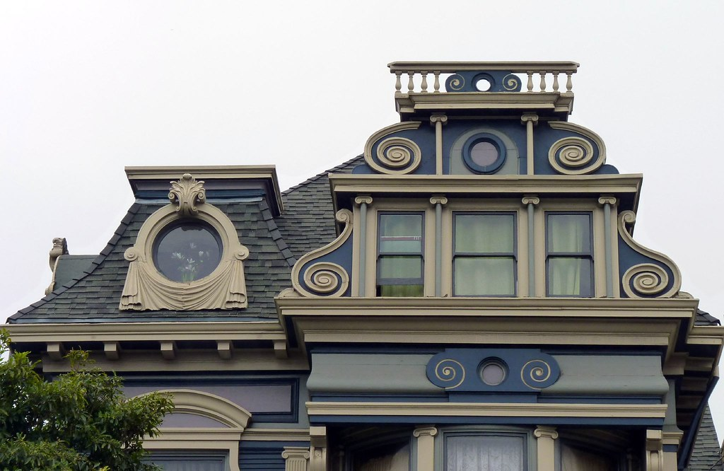 4th Floor Victorian Architecture On South Van Ness Avenue