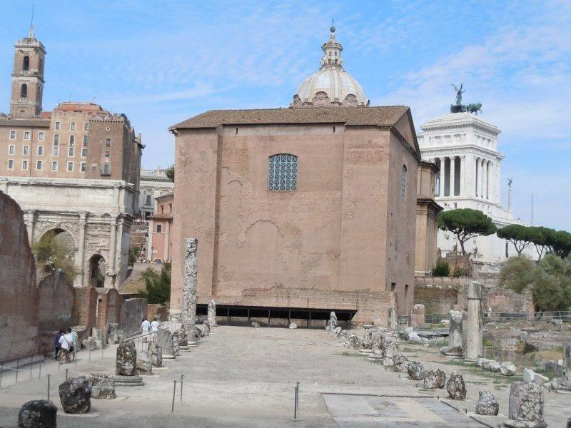 Roman Senate Building Forum Roman Senate Building Flickr