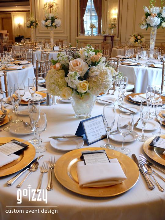 Gold Champagne Wedding | Fall Wedding 2010 | Izabela | Flickr Z Table