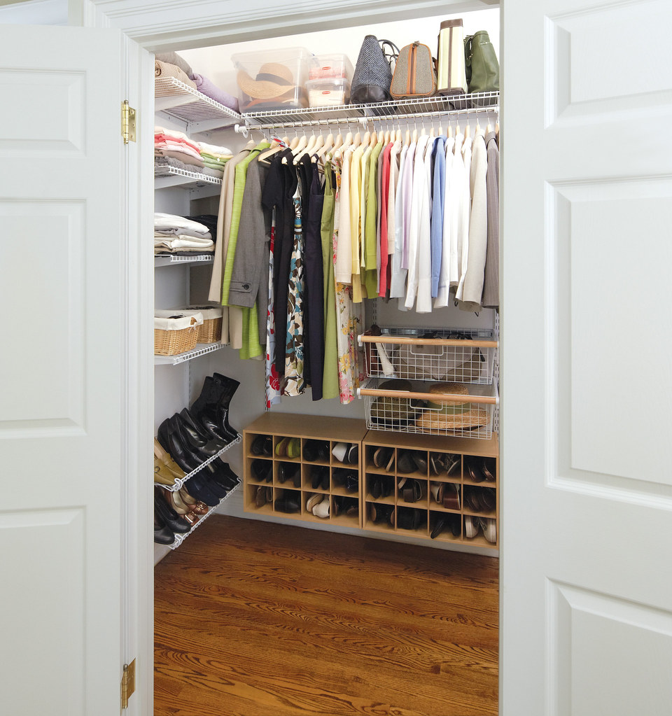 ... Rubbermaid HomeFree Series Closet System | By Rubbermaid Products