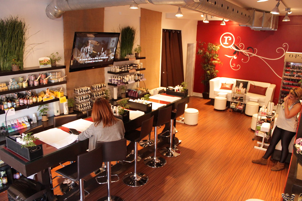 The Manicure Bar and Pedicure Lounge at Rouge Nail Bar sal… | Flickr