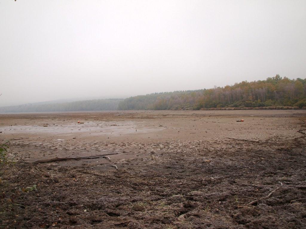 Lac Des Vieilles Forges Aire De Camping Car