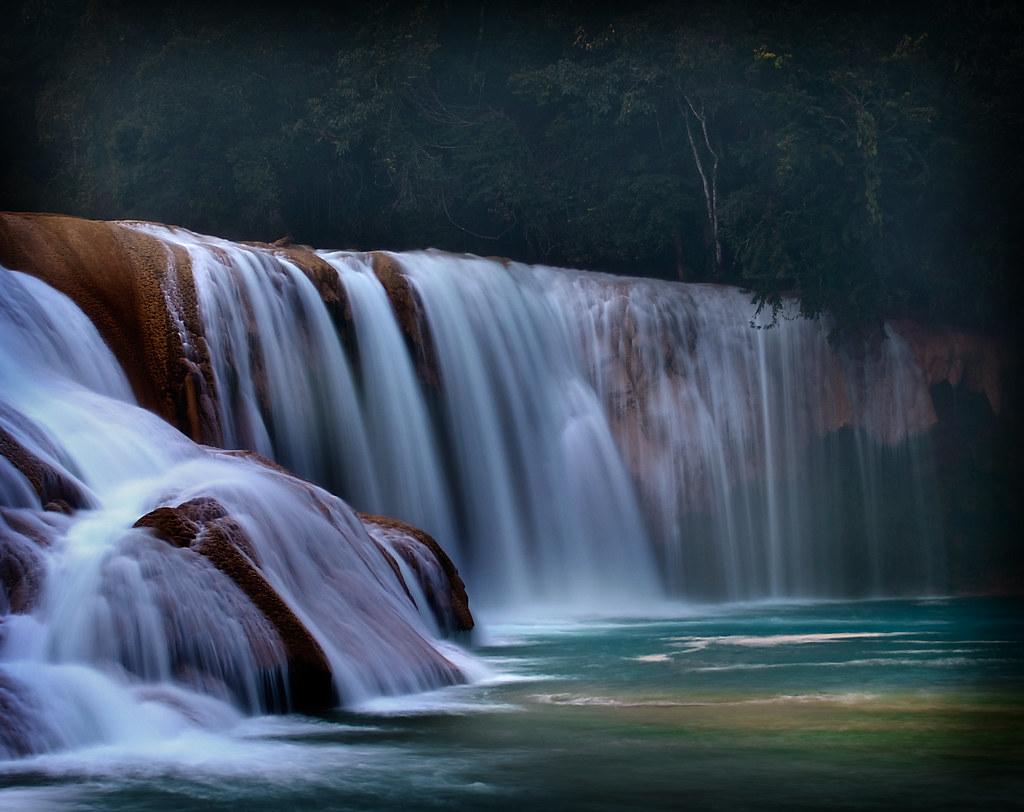 Cascadas de agua azul cascadas de agua azul chiapas for Motor para cascada de agua