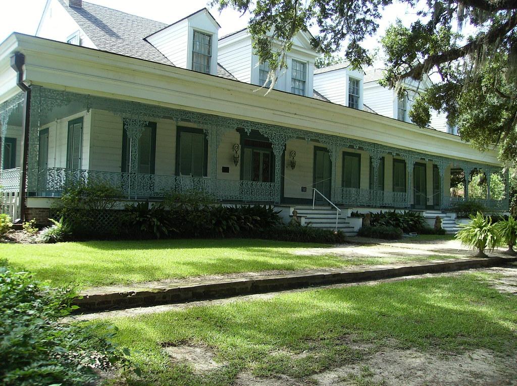 Louisiana plantation houses the myrtles plantation flickr for Plantation modular homes