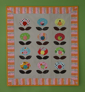 Pop Flower Quilt | by twinfibers