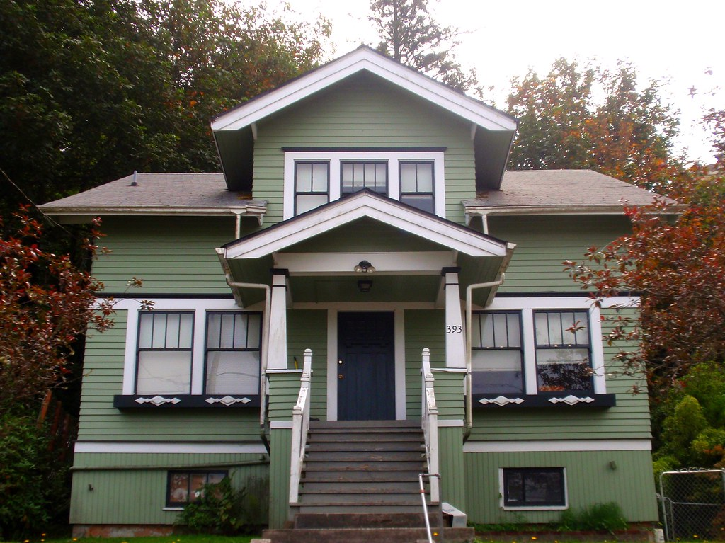 Green White Craftsman Bungalow House Astoria Oregon