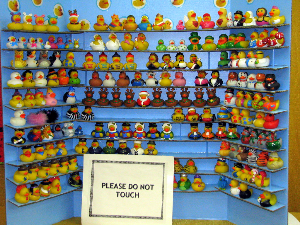 2010 Tn State Fair Rubber Duck Collection Quite A
