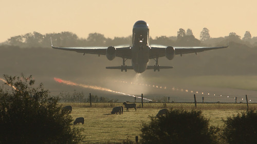 767 winglets early morning take-off | by nustyR AirTeamImages