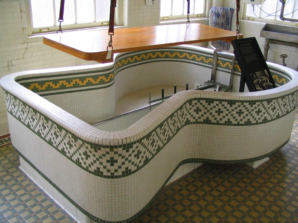 Hubbard Tub With A Wooden Patient Lift Fordyce Bathhouse