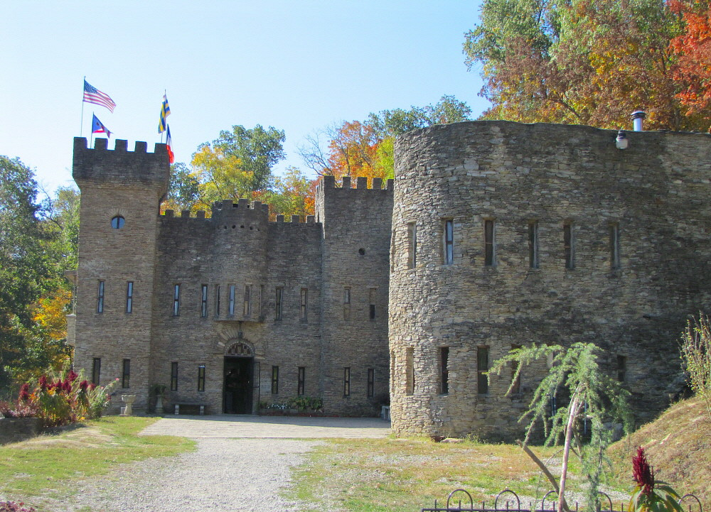 chateau laroche loveland castle ohio Top 10 most haunted castles in the chateau laroche loveland, ohio also known as the loveland castle, chateau laroche was built beginning in 1929 by a boy scout.