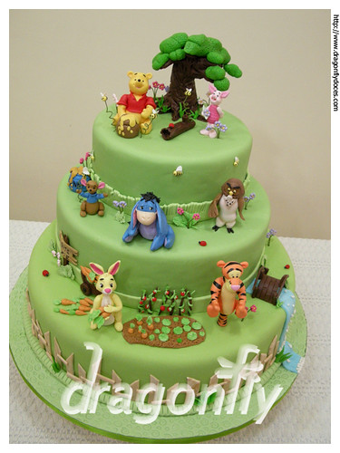 "Pooh and his gang cake / Bolo ""Pooh e sua turma"" 