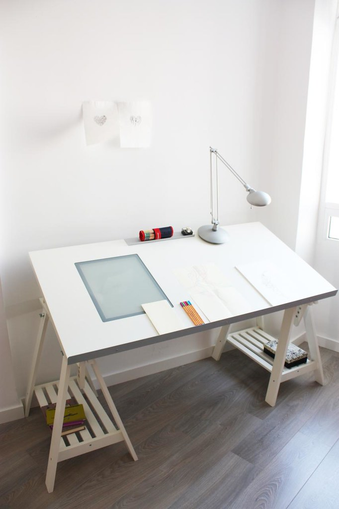 how to build a drawing table with lightbox