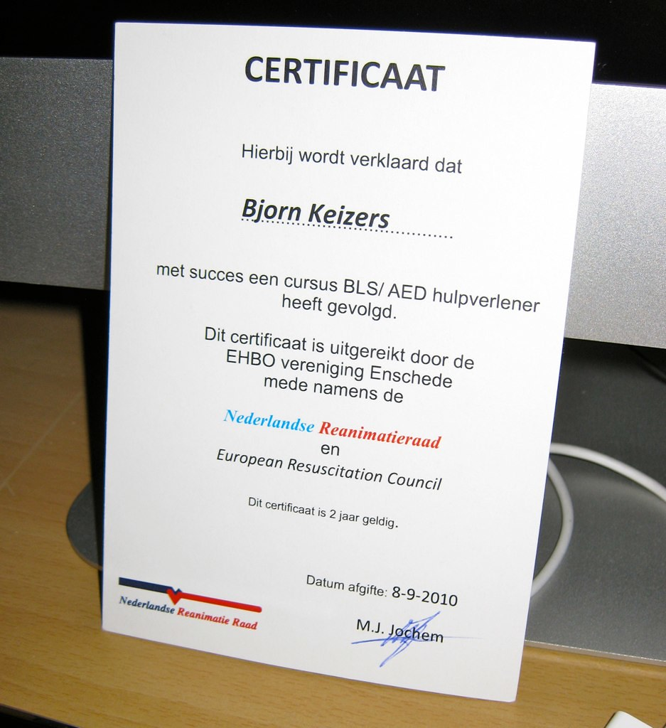 Cpr Aed Certificate Because Of The Growing Number Of Aed Flickr