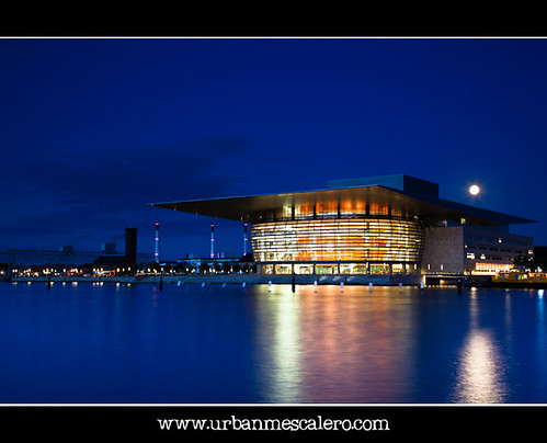 Copenhagen [Denmark] – Moonrise over the Opera House | by UrbanMescalero