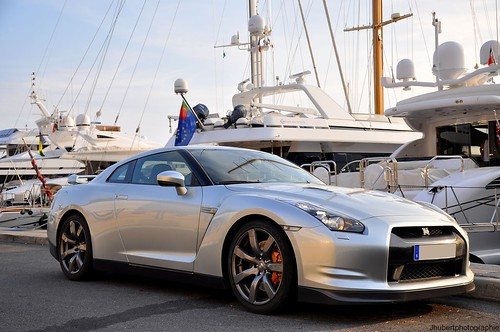 Nissan GT-R | by Eden.cars