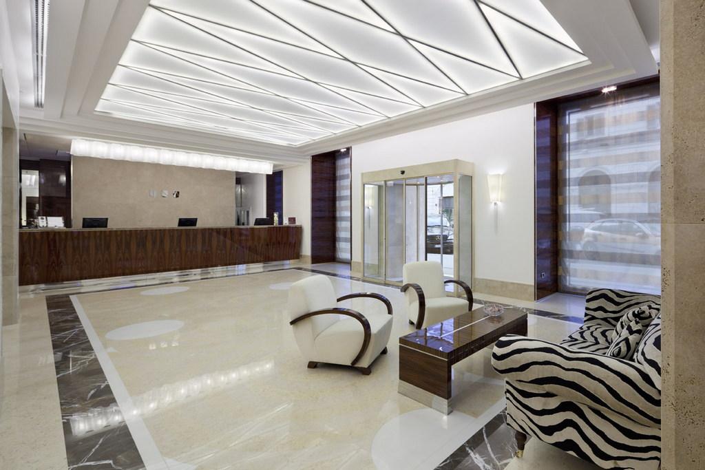 Una hotel roma hall via giovanni amendola 57 00185 for Hotel roma rome