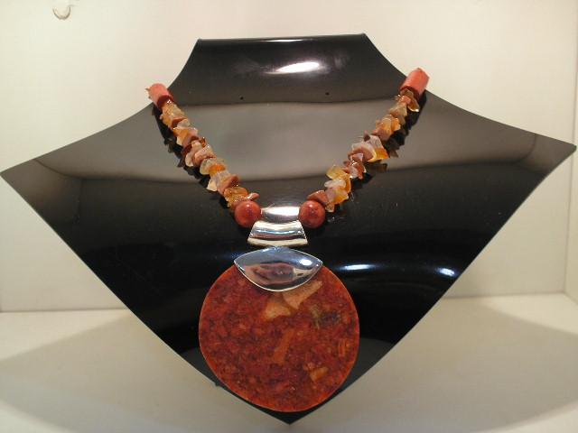 colar de pedra coral com cascalhos agata fogo r 88 00 flickr
