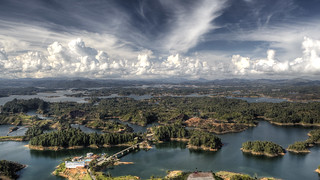 Guatape | by willy gil