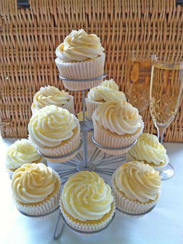 50th Wedding Anniversary Cupcakes Alison Nye Webber Flickr
