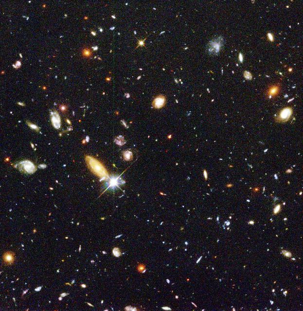 Bewildering Galaxies Across Billions of Years | Flickr ...