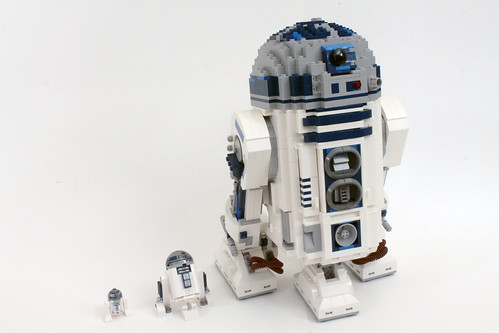 Lego star wars r2 d2 30611 2017 may the 4th polybag review the brick fan - Lego starwars r2d2 ...