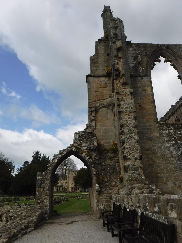 Bolton Abbey Priory 11