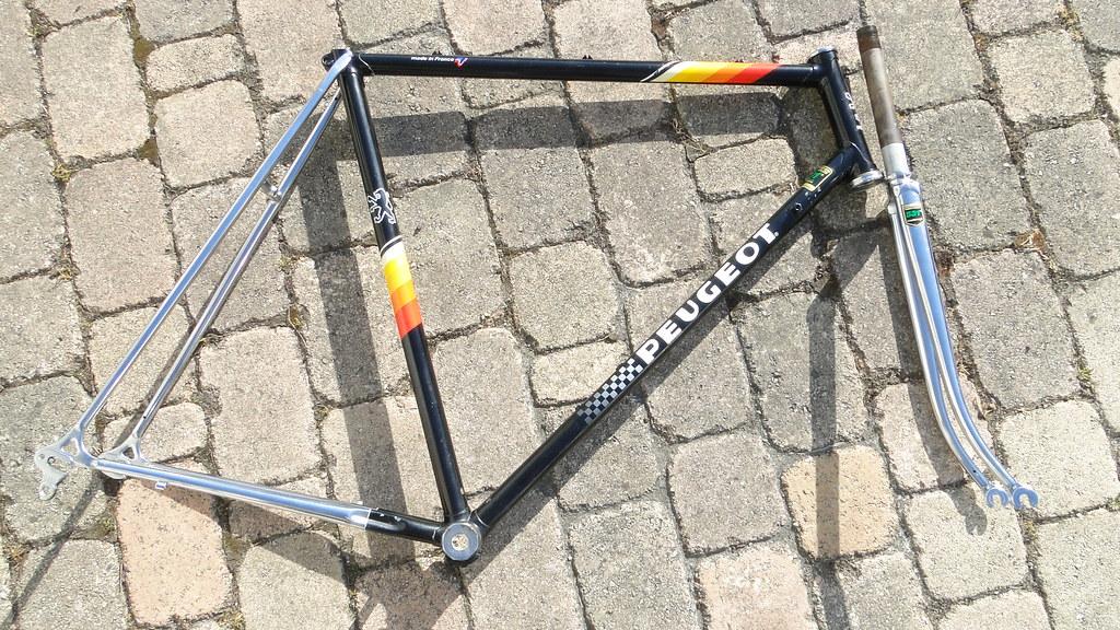 Peugeot PY10 s 1980 (ré-emaillage c1983) 34116112411_7d946a5c77_b