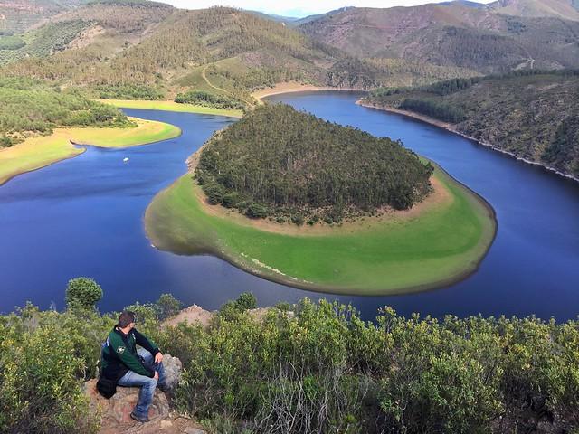 Sele en el Meandro de El Melero desde el mirador de La Antigua (Las Hurdes, Cáceres)