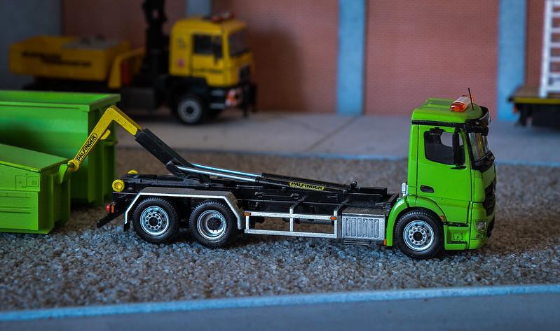 Camiones, transportes especiales y grúas de Darthrraul 34388965771_40281fa0bc_c