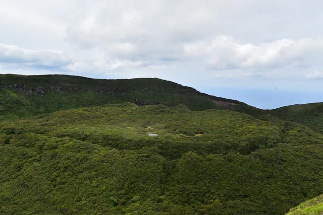 八丈富士カルデラ・火口丘